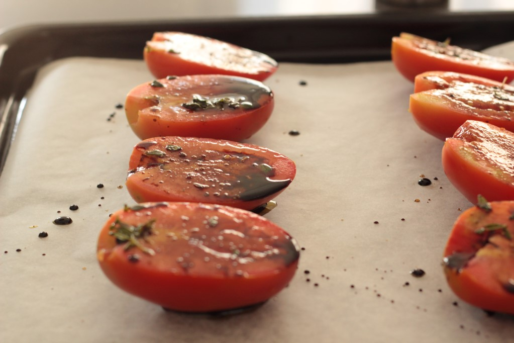 Tomatoes dressed with balsamic vinegar, olive oil and thyme